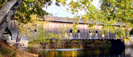 Covered bridge in Maine